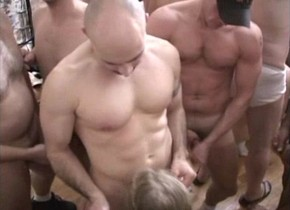 Shemale sharing amateur